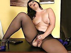 Masturbation Mature Squirt Stockings