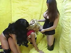 Cheerleader Double Penetration Lesbian Strapon