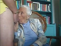 Amateur MILF Old and Young