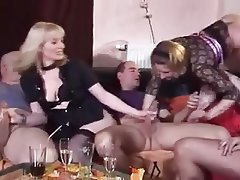 Amateur Cumshot Group Sex Swinger