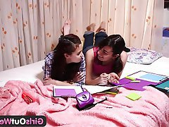 Amateur Hairy Lesbian Orgasm Teen